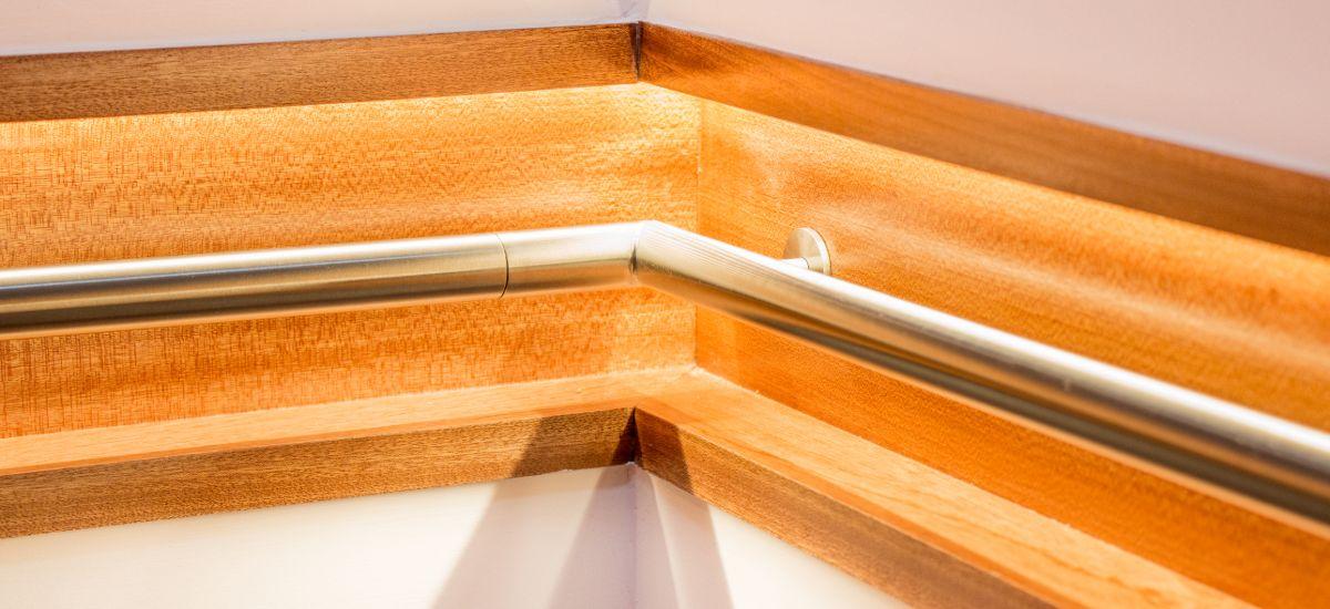 Intervenção e Remodelação em Escada de Habitação - Pormenor do Corrimão