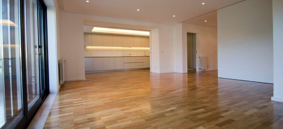 Madeira natural em remodelação de apartamento