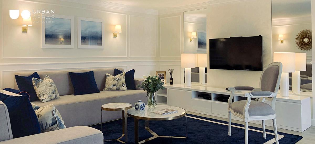 remodelação total de sala, decoração em tons de azul e dourado, decoração de sala em azul, remodelações de casa, obras de casa