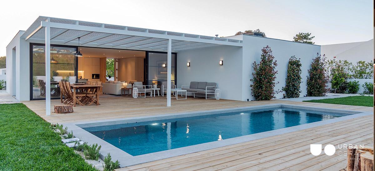 reabilitação de piscina e exterior, jardim e deck