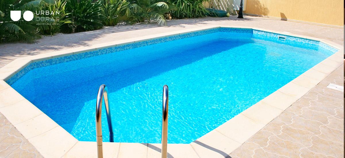 construção de piscina enterrada