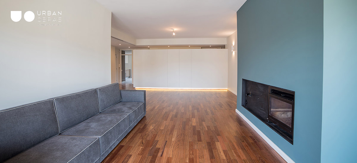 Remodelação, Reabilitação apartamento década 70, arquitetura e decoração em ambiente de sala Urban Obras