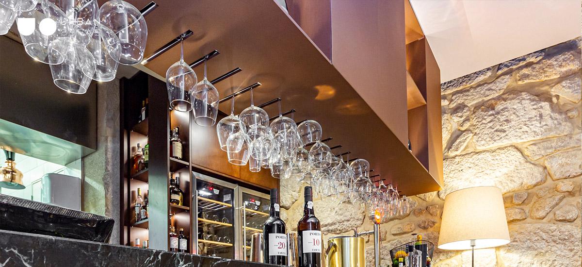 remodelação comercial, reabilitação de edifício histórico, reconversão para restaurante no Porto