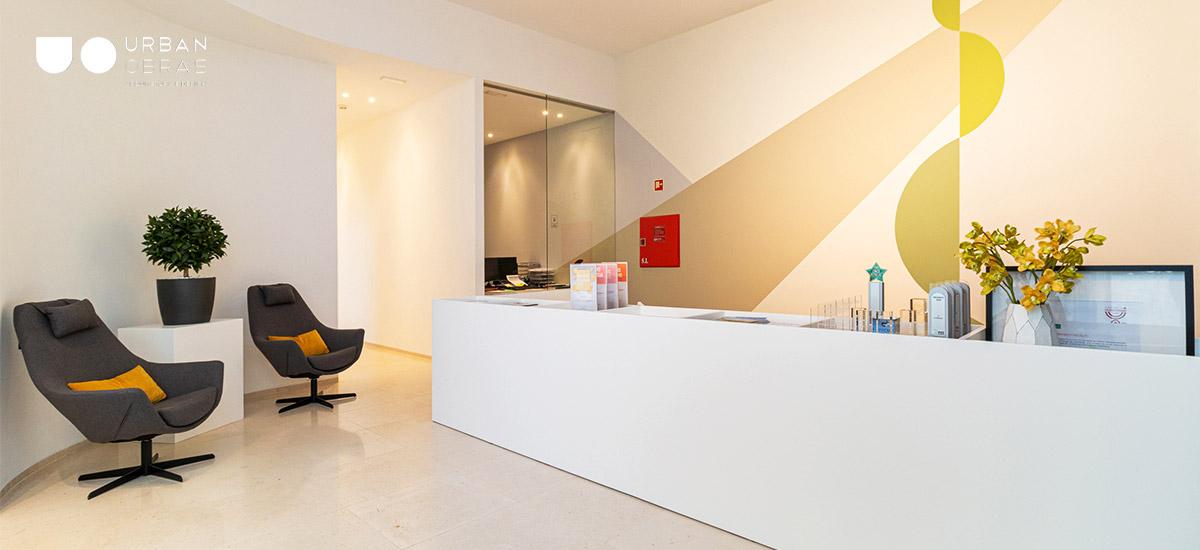 Remodelação de espaço comercial, obras e decoração de escritório Porto