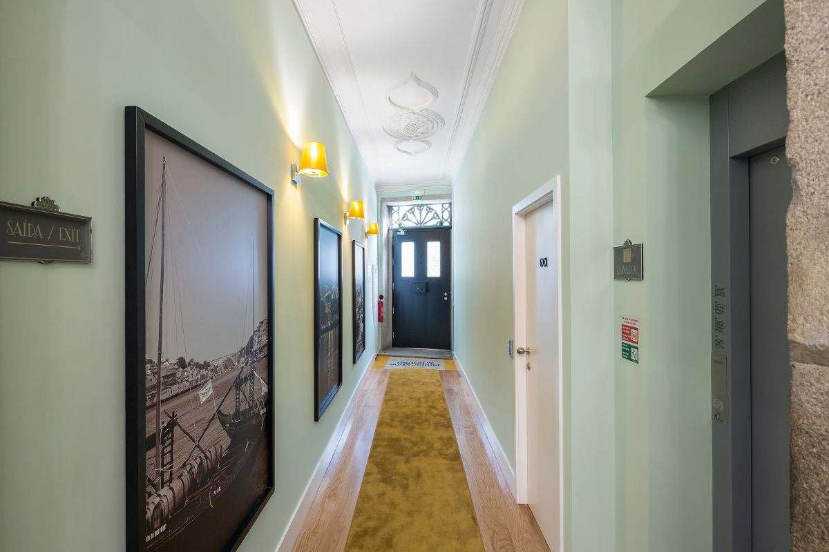 vista de corredor de casa antiga