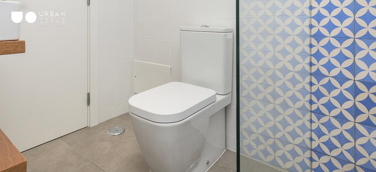casa de banho remodelada de inspiração árabe em Évora